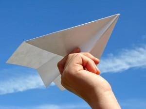 come-fare-l-aereo-di-carta-piu-stabile_O3