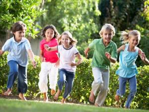 bambini-gioco-parco-giardino_o_ah