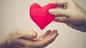 mani-cuore-ciesseinforma-csv-fvg